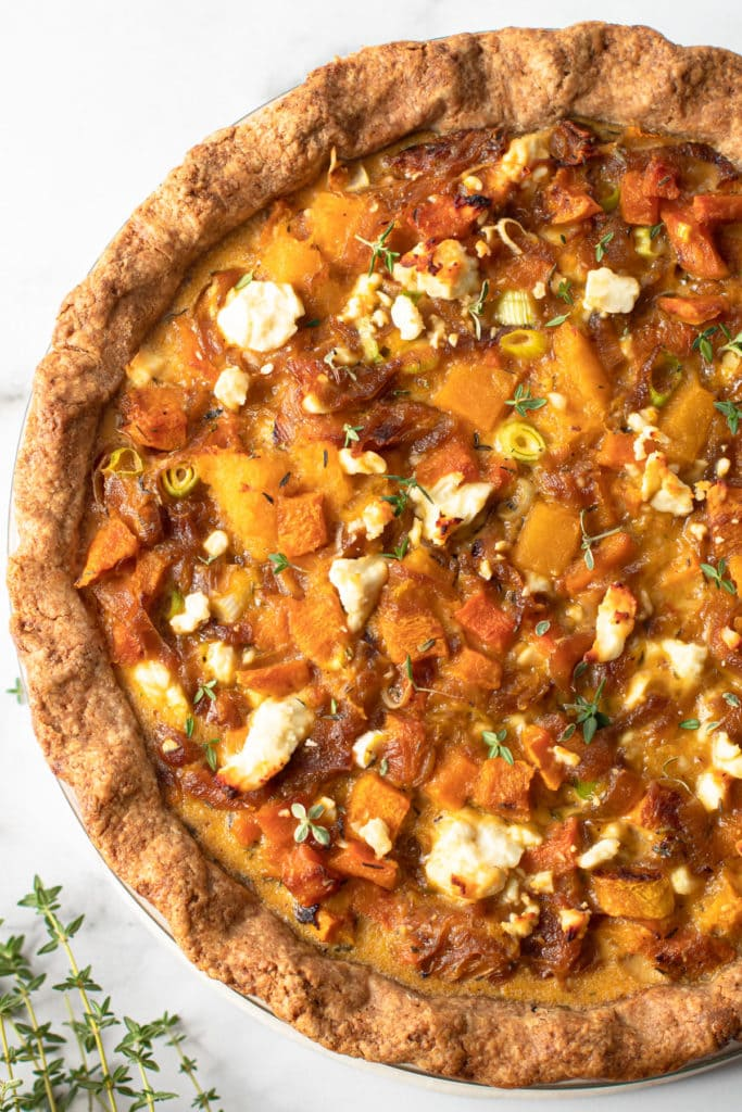 A squash pie with caramelized onions.