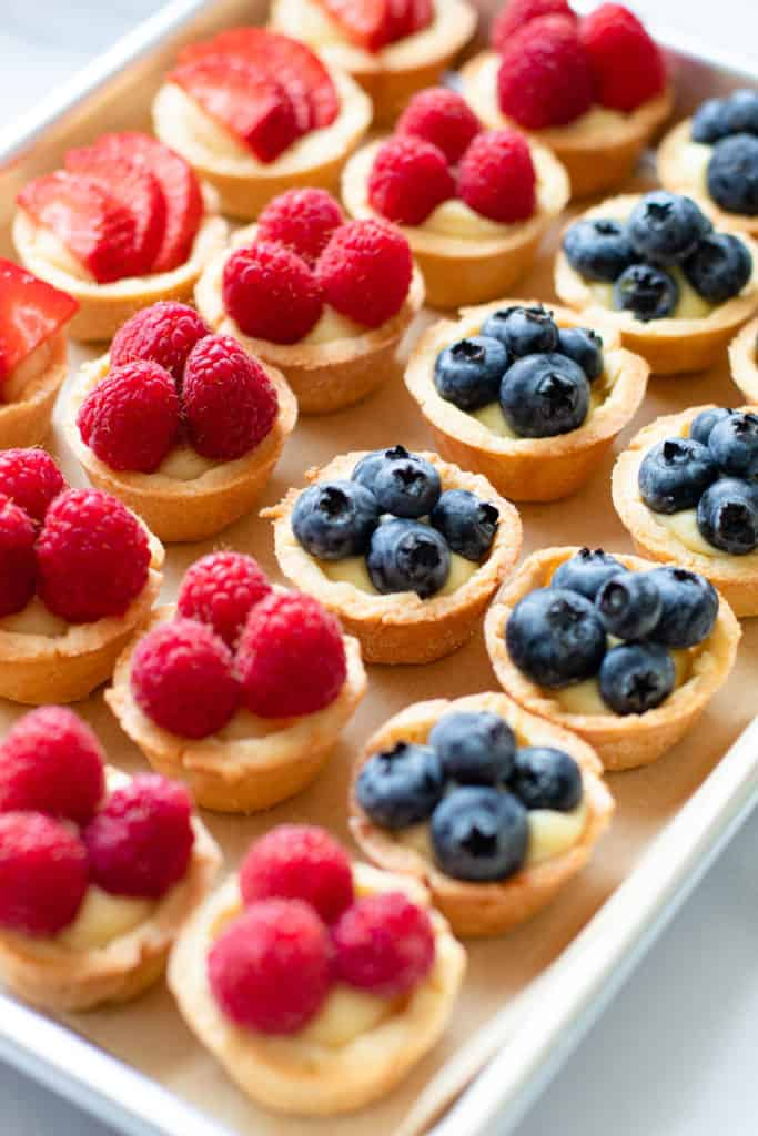 Mini fruit tarts made of pastry cream.