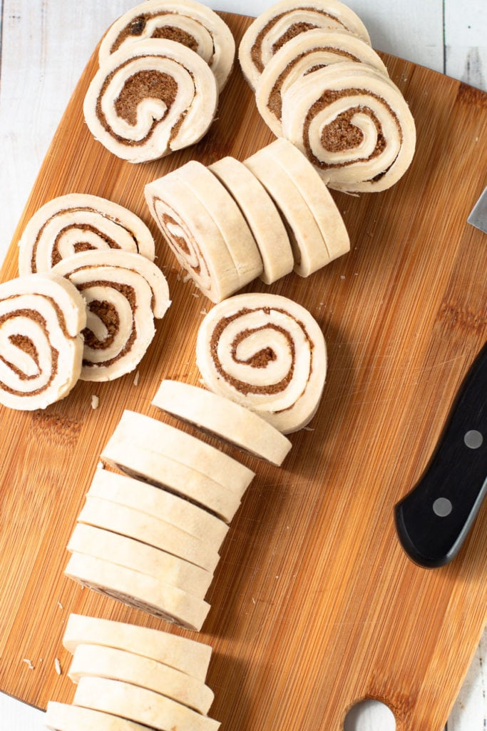 Slices of cinnamon rolls for pies