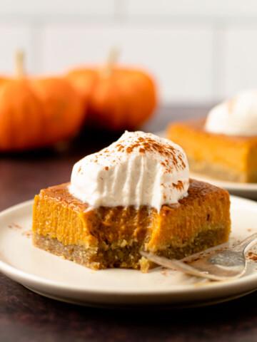 Pumpkin pie bars.