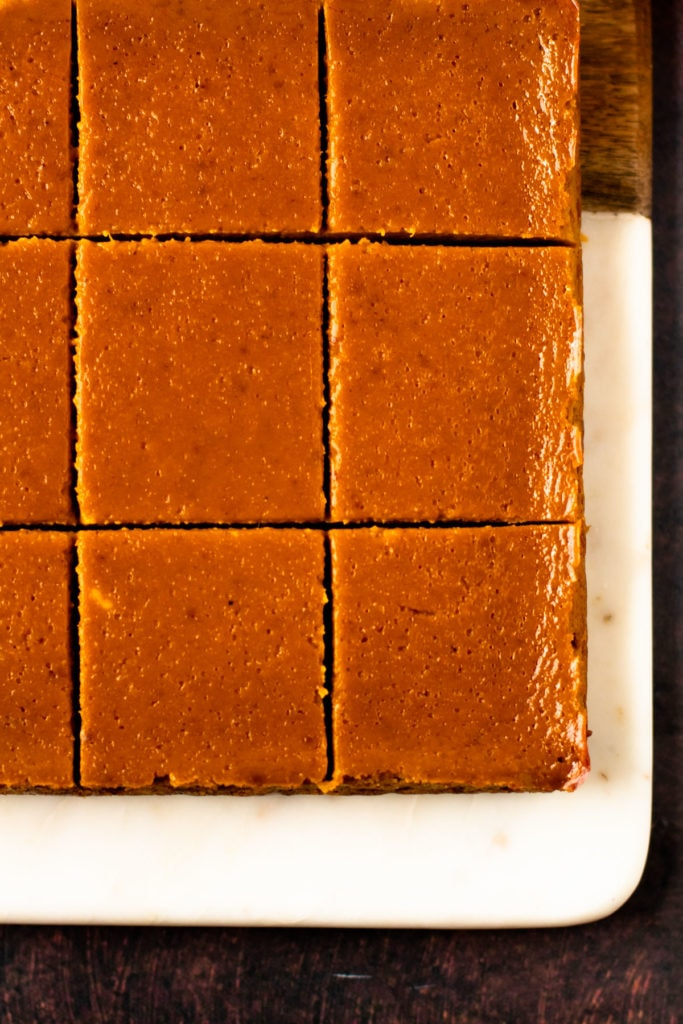 Sliced pumpkin pie bars.