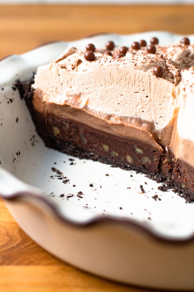 Layers of Mississippi Mud Pie
